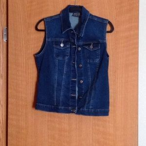 Ethel vintage denim vest great shape size M